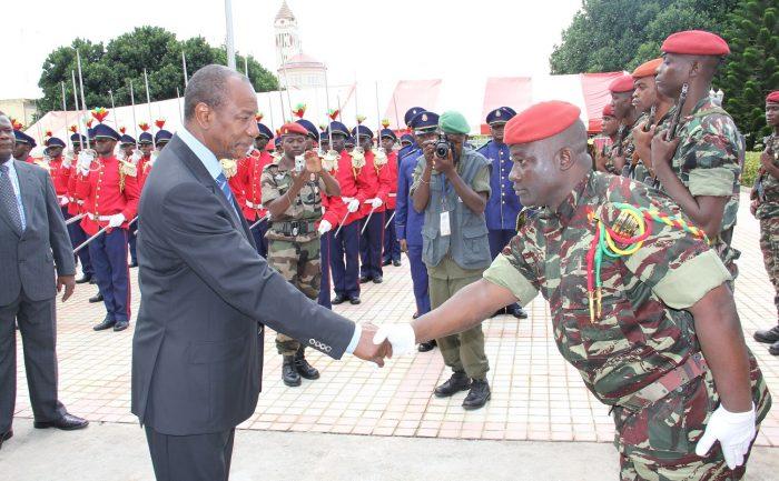 Le président Alpha Condé à un baptême de promotion de l'armée